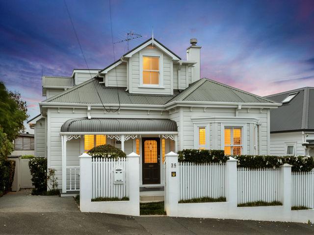 36 Dedwood Terrace St Marys Bay