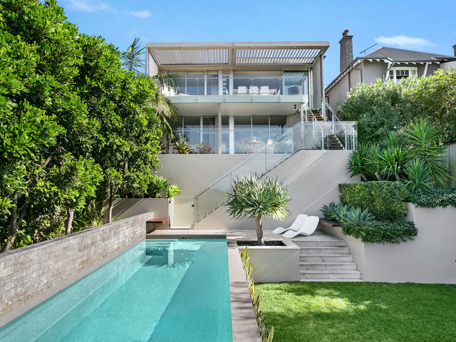 24  Redan Street (enter via 24 Red Mosman