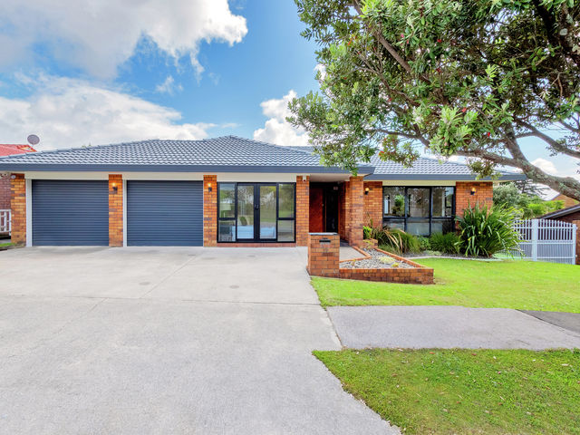 14 Rhinevale Close Henderson Heights