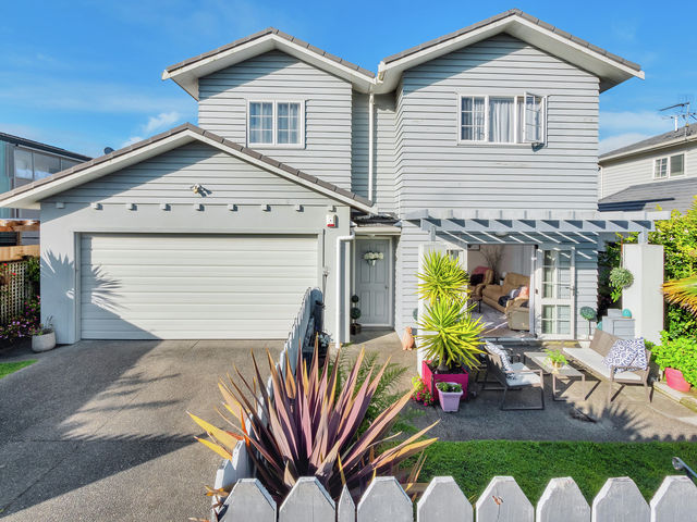 29 Mulvaney Crescent Henderson Heights