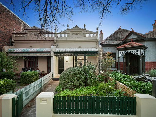 1033 Drummond Street Carlton North