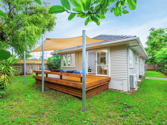 12 Grainger Road Te Atatu South