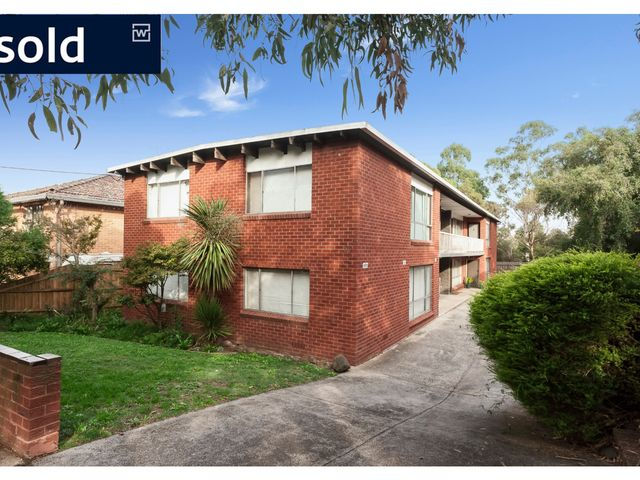 2/60 Strettle Street Thornbury