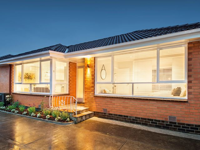 6/205 Grange Road Glen Huntly